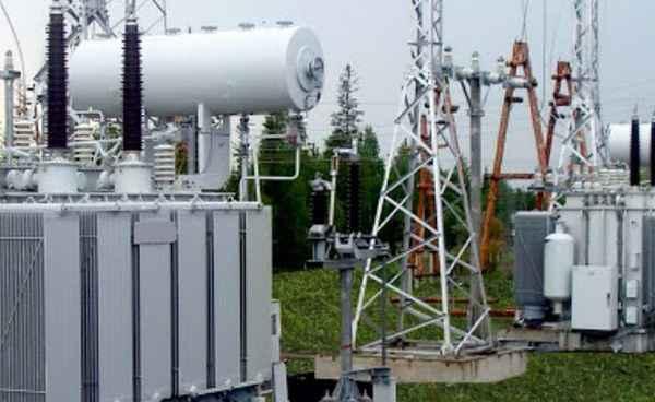 Активная и полная мощность (кВт и кВА)