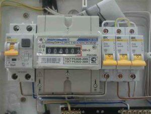 Подключение электросчетчика к однофазной и трехфазной сети