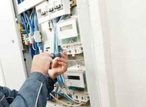 Кто должен оплачивать замену электросчетчика