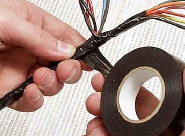 Можно ли прокладывать два маленьких кабеля вместо одного большого