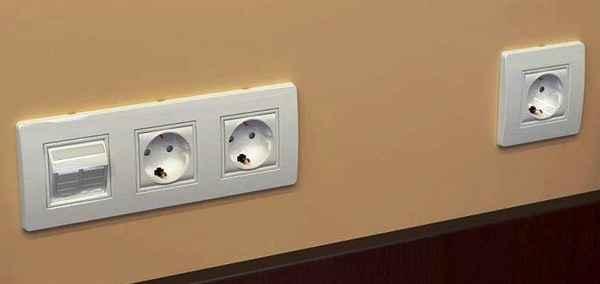 Где лучше всего устанавливать розетки с выключателями?