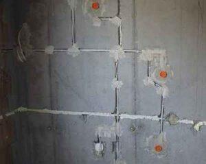 Какие типы соединений можно прятать в штукатурке