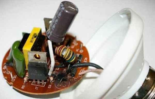 Вторая жизнь энергосберегающей лампы: как восстановить лампочку